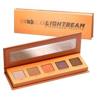 🆕Urban Decay Light Beam 5 Color Eye Palette